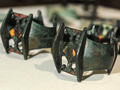 Клад бронзовых предметов